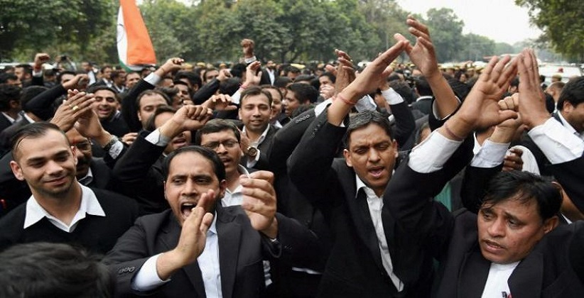 Attack on Advocates: Delhi HC Advocates to refrain from work today