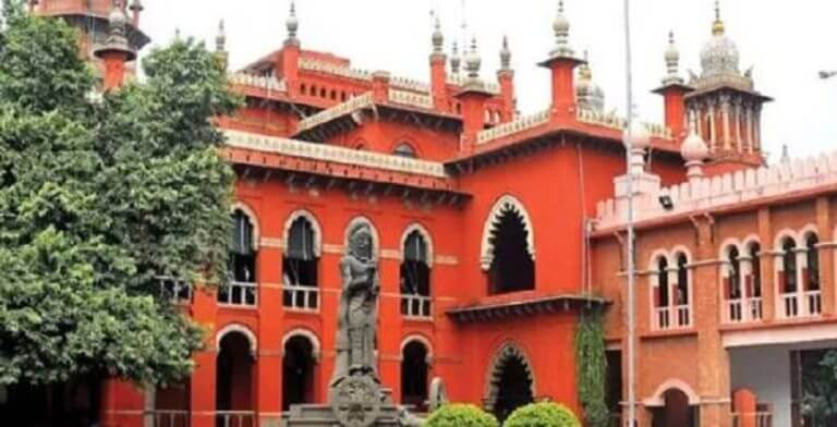 Advocate-couple Suspended from Practice for 'waylaying' HC Judge's car