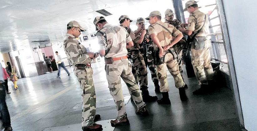 CISF finds cash bag at Shivaji Stadium metro station, restored