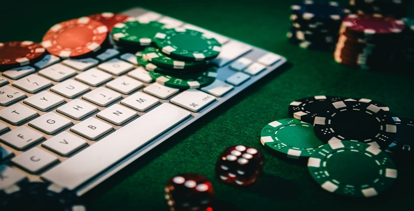 HC seeks Centre's reply in Plea Seeking Ban on Online Gambling