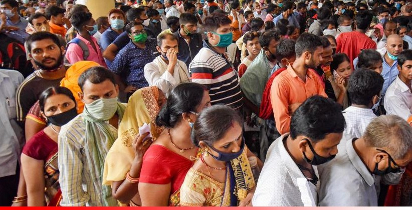 Allahabad HC Orders Police Surveillancein Order to Ensure that People are Wearing Masks amid the ongoing Pandemic